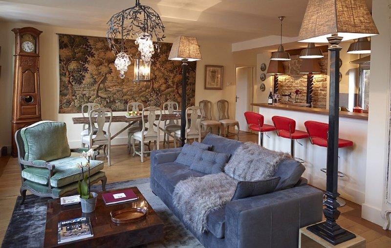 Luxueux Appartement Centre Historique de Beaune (2 Chambres),, alquiler de vacaciones en Beaune