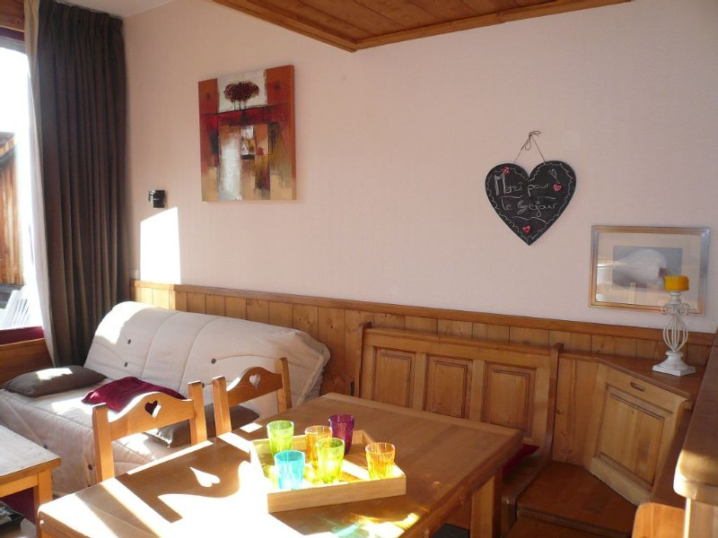 ☀ AUSEPIAAVORIAZ ❄ Charmant DUPLEX 4★ BALCON plein sud ♥ ACCÈS DIRECT aux pistes, vacation rental in Morzine