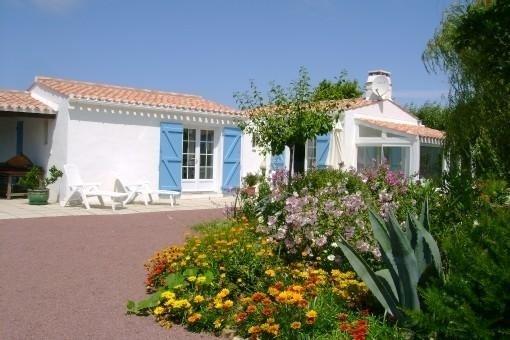 NOIRMOUTIER - au VIEIL - VILLA DE CHARME DANS JARDIN FLEURI -  PROMOTION, alquiler de vacaciones en Noirmoutier en l'Ile