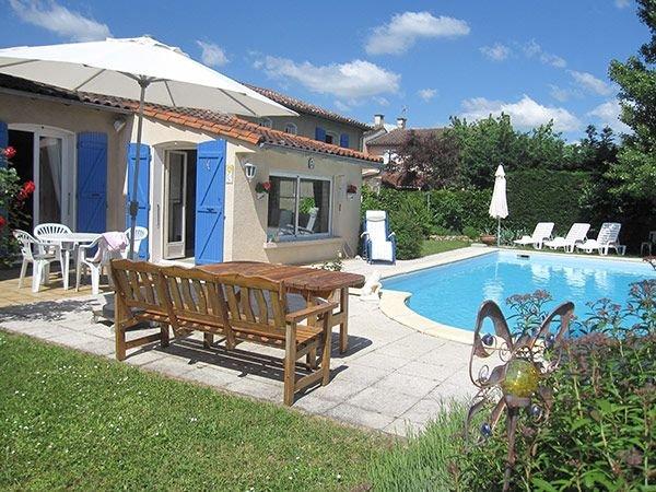 Maison indépendante à Saint Juéry au portes d'Albi, holiday rental in Serenac