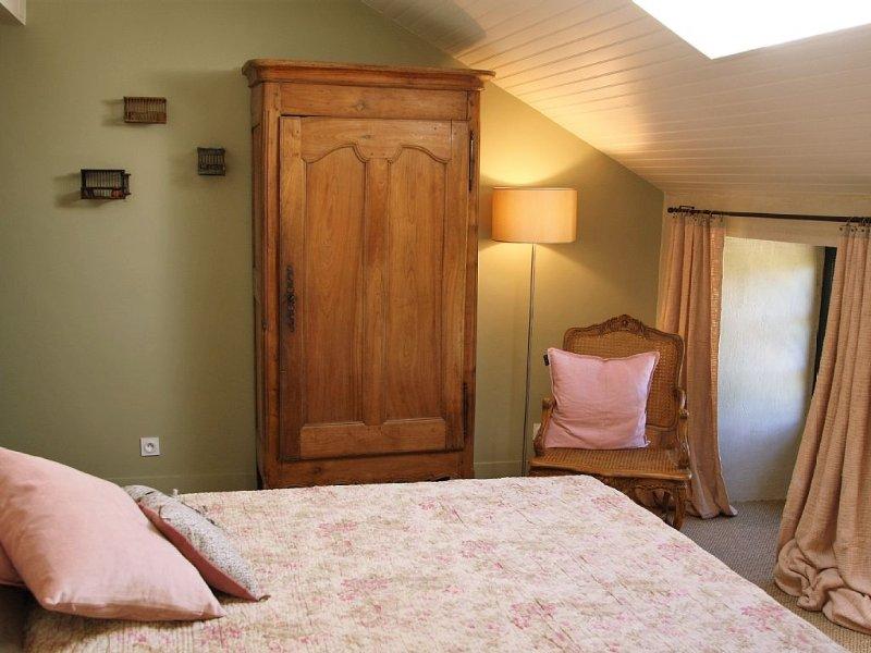 Très belle maison ancienne au calme  3 chambres classé 4 étoiles, vacation rental in Plouer sur Rance