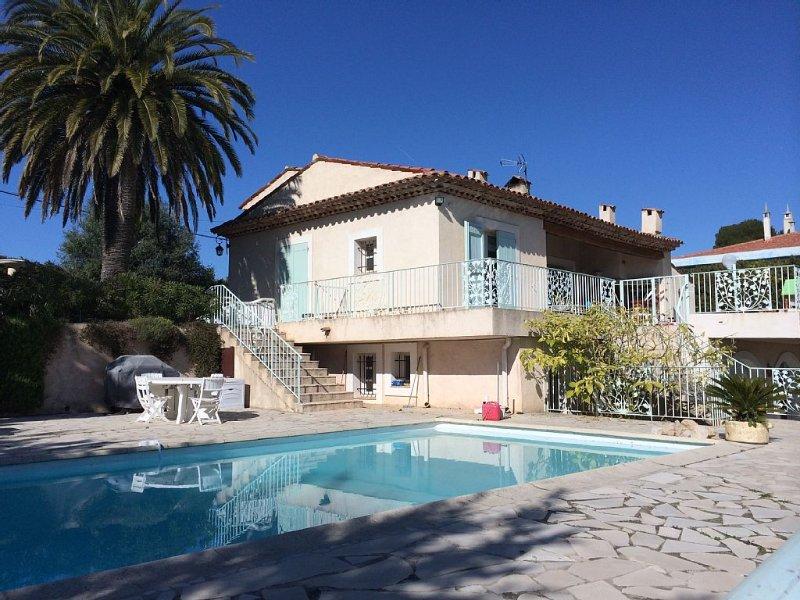 Villa Provencale 6/8, holiday rental in La Gaude