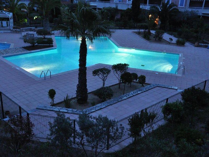 2 air conditioned rooms Pleasant apartment between sea and hills, location de vacances à La Croix Valmer