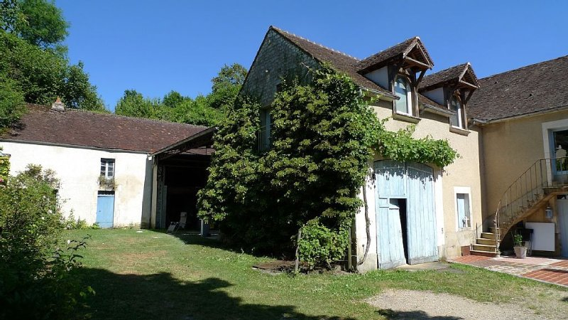 Gite 65m2 - 2 chambres - 4 couchages - Terrasse-Jardin - Linge et ménage compris, vacation rental in Mailly-la-Ville