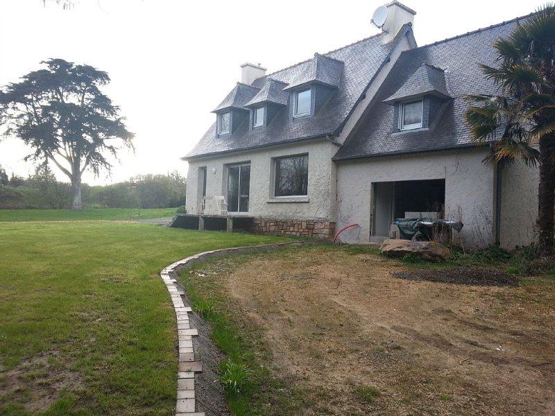Maison de campagne sur la côte de granit rose, vacation rental in Lannion