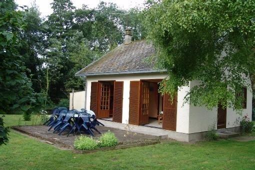 maison de plein pied dans un hameau à la campagne et au calme, aluguéis de temporada em Nouvion