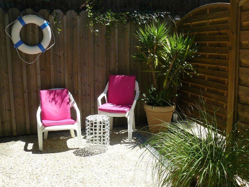 Appartement indépendant dans Maison individuelle: Cap-Ferret / Herbe, holiday rental in Lege-Cap-Ferret