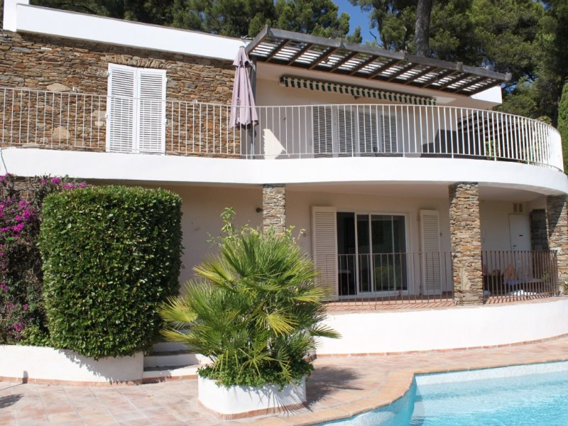 California luxury villa sea and countryside (video after last photo), holiday rental in Carqueiranne
