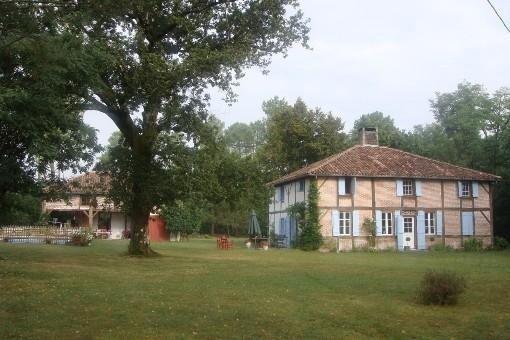 Maison familiale  de charme   20 personnes, casa vacanza a Onesse-et-Laharie