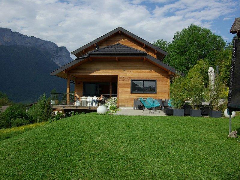 Annecy- Ossature bois - 5 min du lac, 20 min stations des Aravis, location de vacances à Bluffy