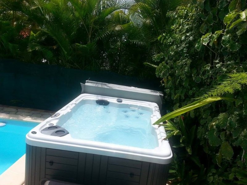 JACUZZI AFTER A SMALL HIKING !!