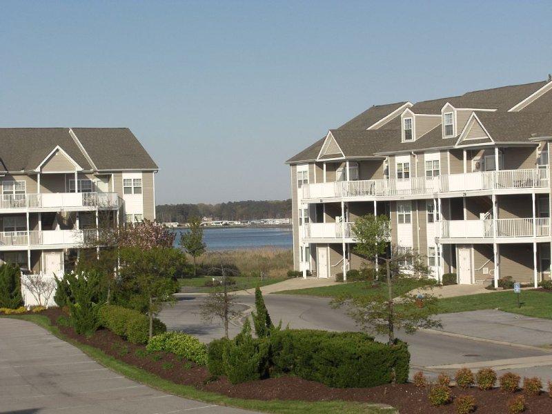 Beautiful Setting, Beautiful Accommodations, Beautiful Memories, holiday rental in Oak Orchard