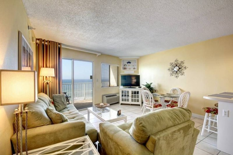 Coastal Retreat At Perdido Skye, location de vacances à Perdido Key