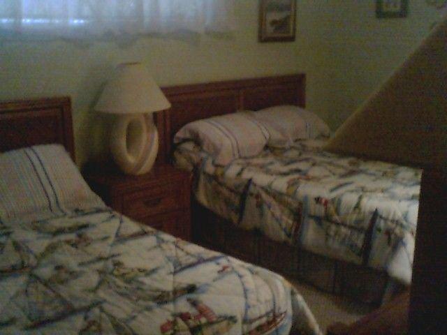 Pergunte sobre o nosso condomínio outras. VRBO # 328890 Duas camas de casal em frente do hall