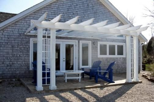 This elegant,cosy seaside home with breathtaking ocean views, can sleep six., holiday rental in Hubbards