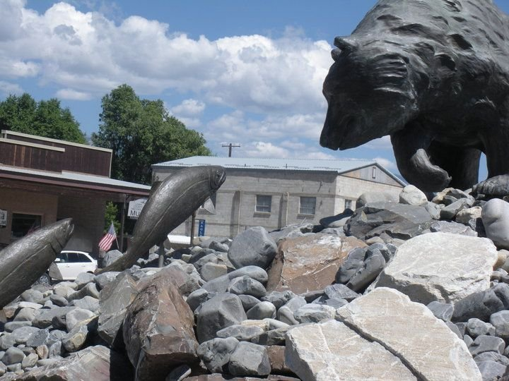 sculpture in the town of Salmon