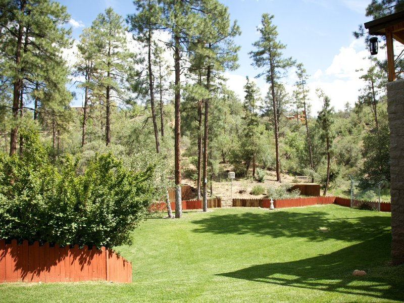 Beautiful 6,000+ Sq. Ft. Cabin, 6 Bd 4.25 Bath, aluguéis de temporada em Prescott
