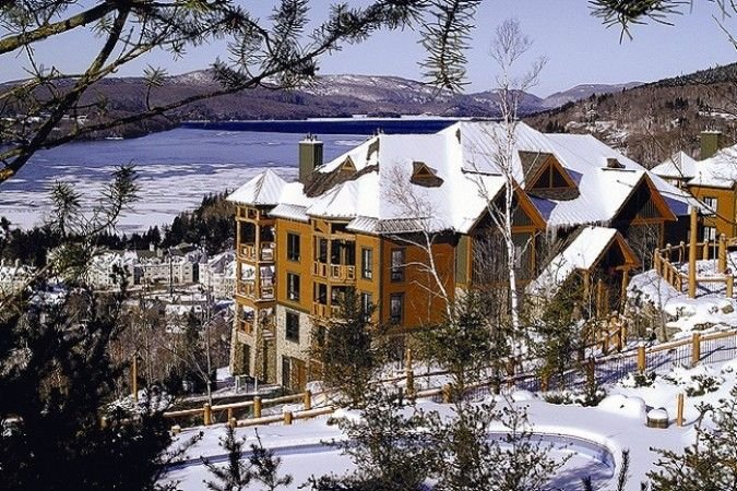 Exclusive Resort Property, Ski-in/out, Infinity Pool, Elevator, 2 Car Parking, alquiler vacacional en Mont-Tremblant National Park