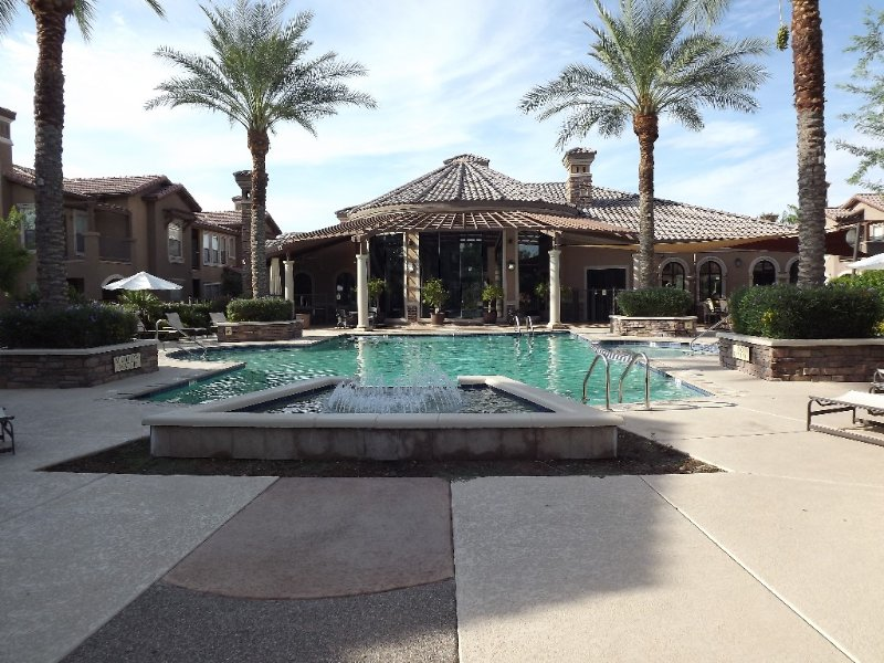 Condo in Litchfield Park, Great for Snowbirds or for Corporate Lease., vacation rental in Litchfield Park