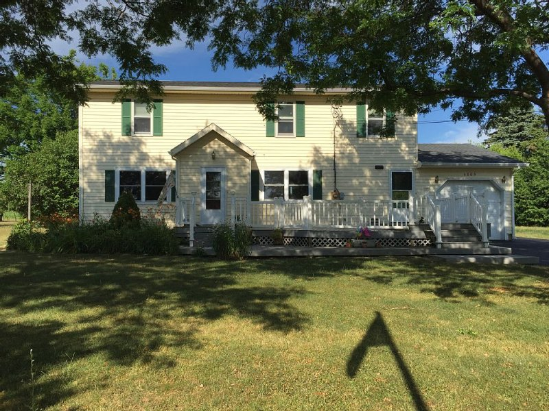 A wonderful escape on Seneca Lake, vacation rental in Romulus
