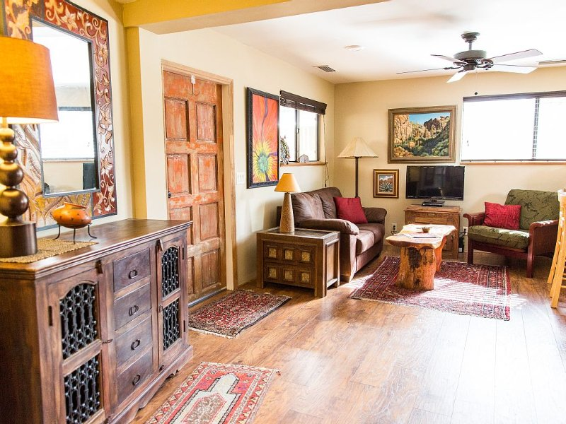 Relax in a Cozy Hideaway for Two, close to everything, and pet friendly., alquiler de vacaciones en Sedona