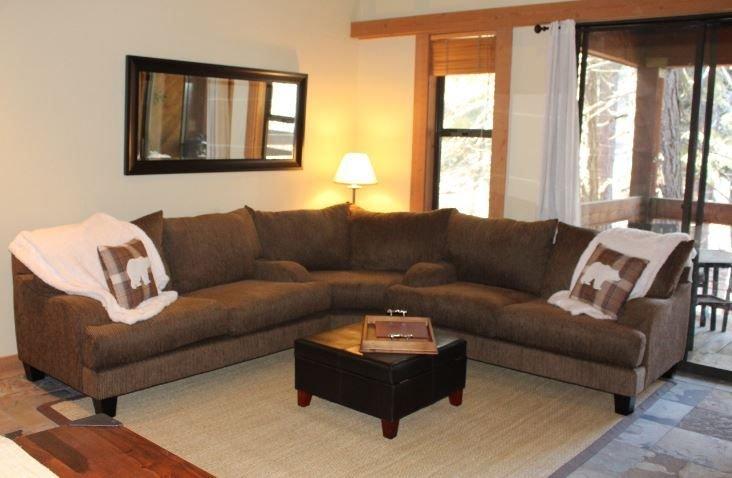 Cozy Northstar Aspen Grove 3 Bed 2 Bath Condo. Remodeled Summer 2020., vacation rental in Truckee