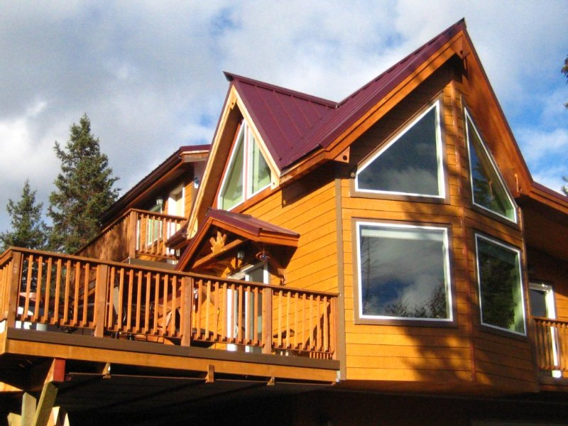 Private Awesome View chalet - Hot Tub, Wi-Fi, Cell -Alaska: Right Out the Window, aluguéis de temporada em Moose Pass