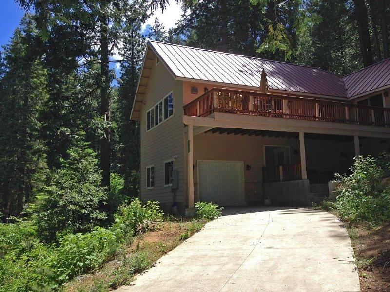 *NEWER  Yosemite Inverness House* with Central Air and Heat Inside Yosemite Park, alquiler de vacaciones en Parque Nacional de Yosemite