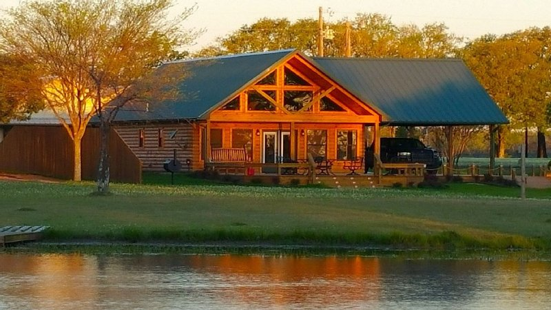 No. 1 Top-Rated Lodge on Lake Fork – semesterbostad i Point