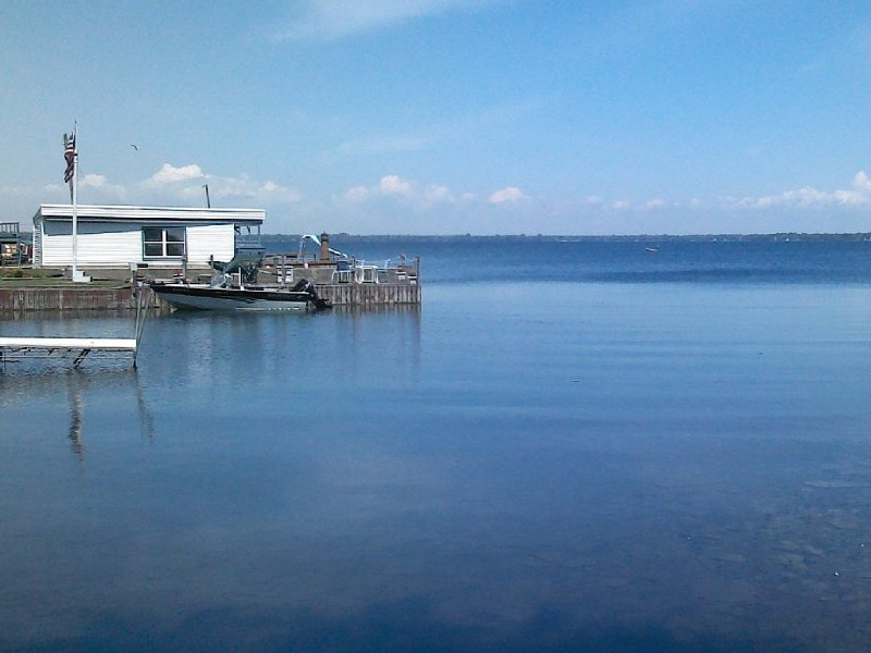 Lake Ontario Home w/ 32ft Safe Harbor Dock Watertown/Sackets, holiday rental in Dexter