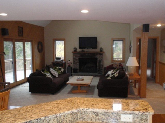 Mt. Snow - 5 BR + Loft/4 BA, Hot Tub, Wi-Fi, Game Room, Deck, West Dover Vermont, alquiler de vacaciones en Dover