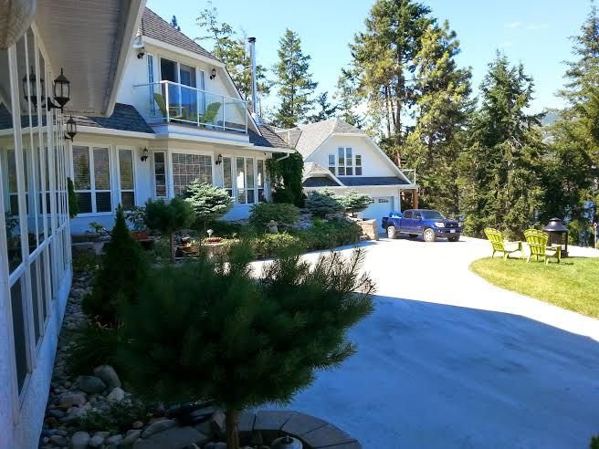 Amazing Eagle Point Vacation Home & Spa..., alquiler de vacaciones en Kelowna