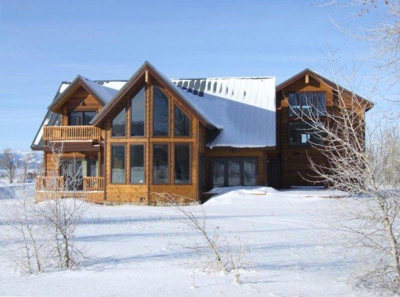Large Ski Hill Home- Teton Views- Minutes to Jackson Hole & Grand Targhee, holiday rental in Driggs