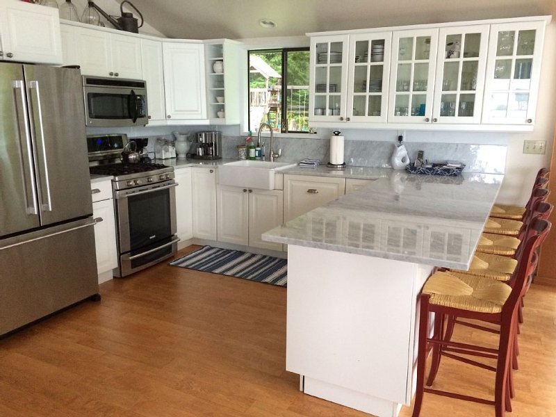Come cook in our well-equipped, updated kitchen.