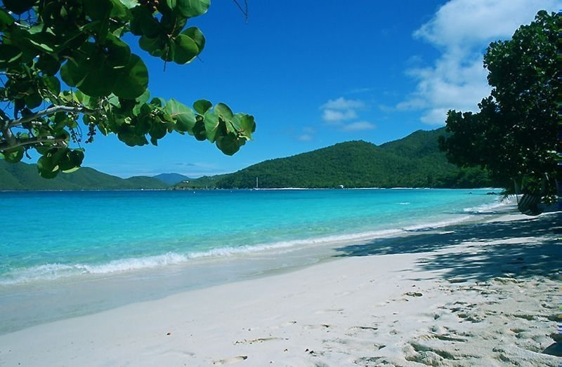 Suite on the Beach - Very Rare White Sand Beachfront- Heart of the National Park, alquiler vacacional en Jost Van Dyke