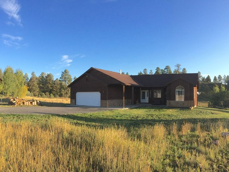 The National Forest is your backyard!, holiday rental in Pagosa Springs