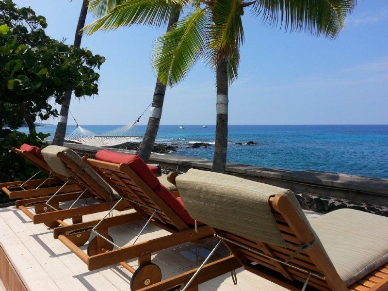 OUTSTANDING ocean views & sunsets! Every room has a view., holiday rental in Kahaluu-Keauhou