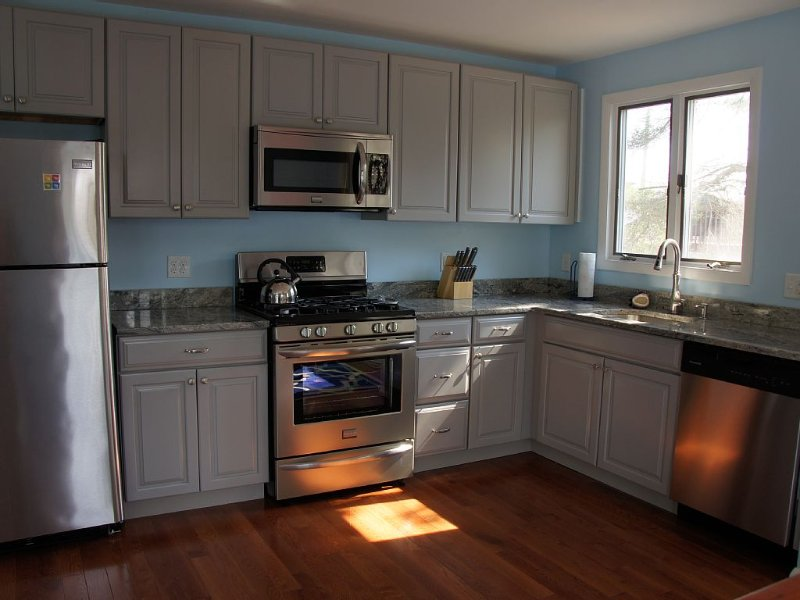 $4,000/mo Nov-April Rentals - heat/ac, perfect for remote work/school, holiday rental in Barnegat Light