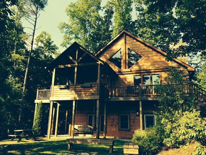 Watauga Lake Home! Extraordinary Mountain View's & More!, holiday rental in Elizabethton