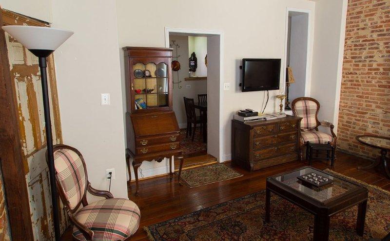 Topside's - Living Room