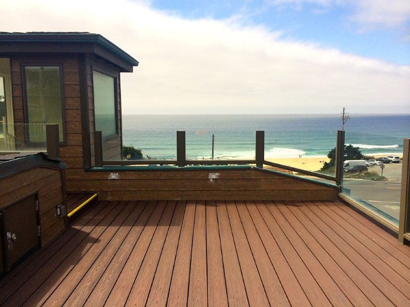 Beach House by Montara Beach, California - 20-minute drive to San Francisco, holiday rental in Moss Beach