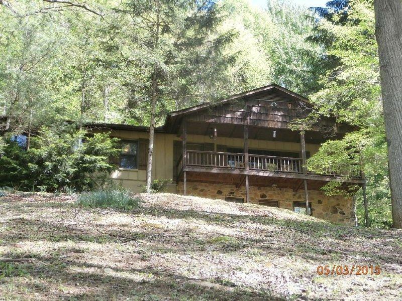 Dogwood Ridge Mountain House, casa vacanza a Fontana Dam