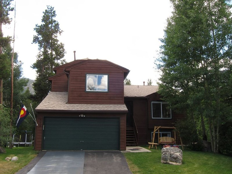 Awesome Location-Perfect Family Get Away-Amazing Views, Hot Tub & Pool Table, location de vacances à Frisco