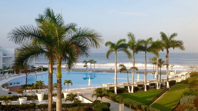 Ready for you to enjoy! Riviera Nayarit, Beach Front Condo,, location de vacances à Bucerias
