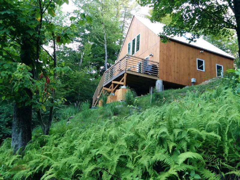 Modern Luxury Catskills Lakefront Home, vakantiewoning in White Lake