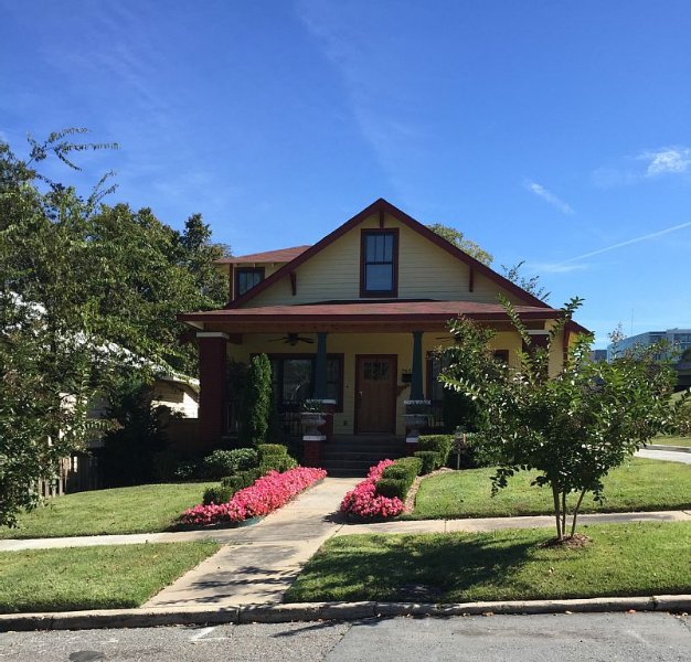 4BR, 3BTH  Beautiful House Cottage Style in Down Town Little Rock, holiday rental in Sherwood