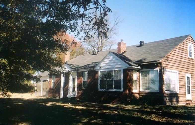 Historic Horseshoe Lake Cottage – semesterbostad i Hernando
