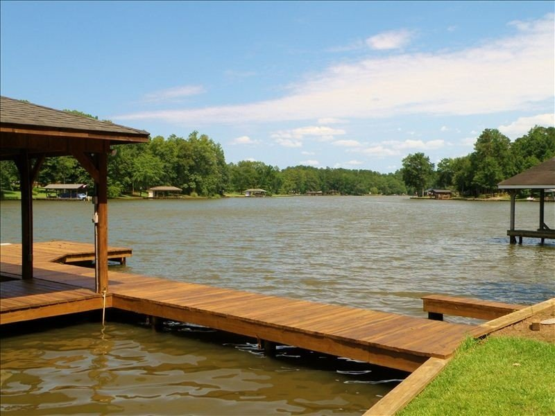 Stylish Water Retreat Ready for You to Relax/Enjoy and be Safe, vacation rental in Milledgeville