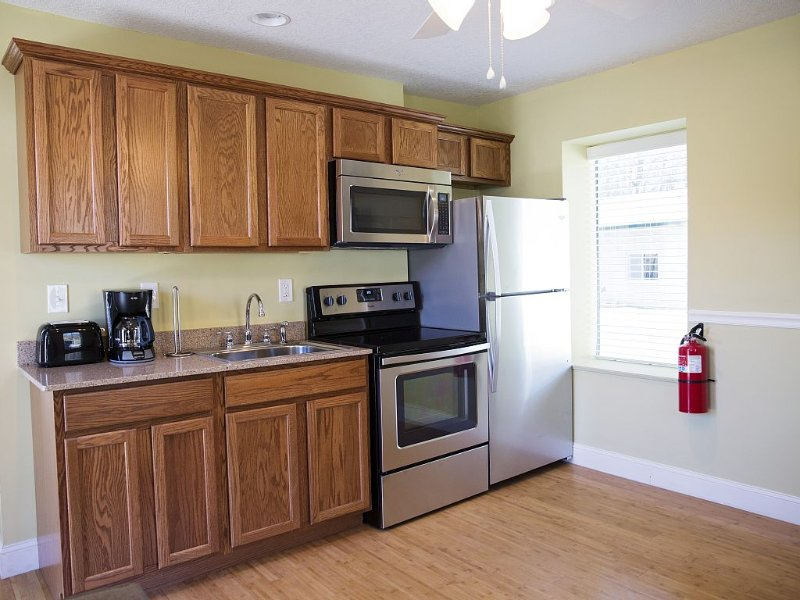 Convenient Location/Newly Renovated/ Asheville NC/303, holiday rental in Woodfin