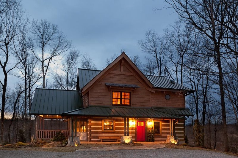 Caspian Cottage - 30mi to Nashville, jacuzzi, fireplaces, Wi-Fi, holiday rental in White House